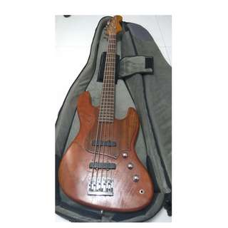 5 string Fender Warmoth Bass for sale, comes with Mono M80 bag, spare set of strings and 15' 1/4 inch instrument cable