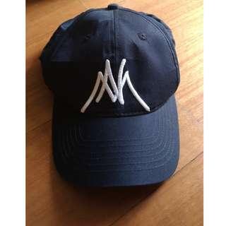 Topi baru