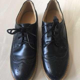 Black Shoes unisex