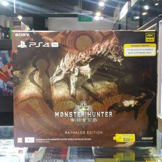 PS4 Pro 1TB Monster Hunter World Rathalos Edition