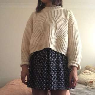 Thick Cream Knit Pull-over