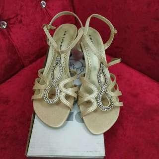 Light Gold Strappy Stiletto Heels Sandals Size 35