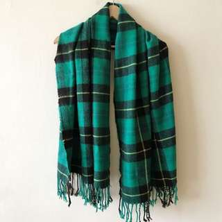 H&M checkers thick scarf