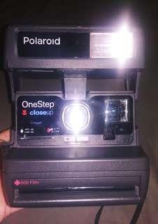 Vintage Polaroid OneStep 600 Instant Camera