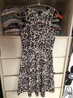 H&M Leopard-print Dress