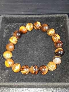 Gelang Mata Macan ( Tiger eyes Bracelet ) Self collection at hougang ave8 or Punggol Drive under my blk.