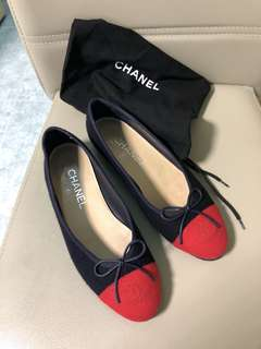Chanel flat shoes size 37