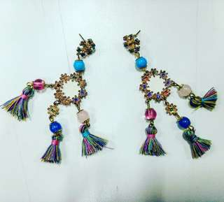 Anting-Anting Etnik