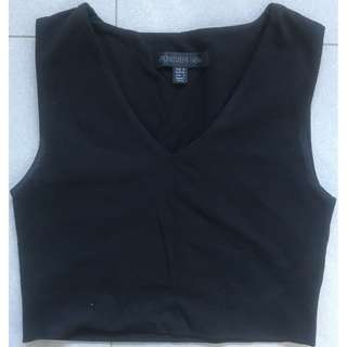 Forever New Woman's Size 6 Black Crop Top - Excellent Condition