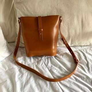 Lulu Swing Camel Manhattan Sling Bag