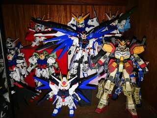 Assorted Gundam Kits (built)