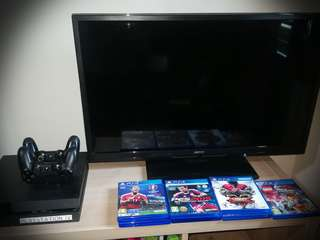 PS4 Console + Game's
