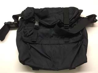 Multi compartment and 2way use bag condition 9.5/10