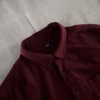 UNIQLO MAROON SHIRT