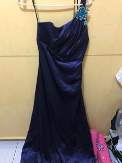 Venus cut evening gown