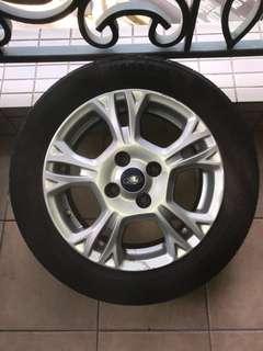 Ford Fiesta15吋呔呤