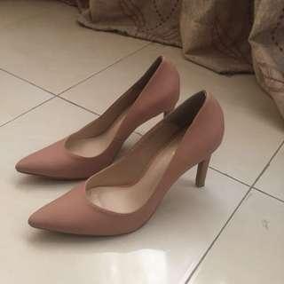 HEELS (nude pink)