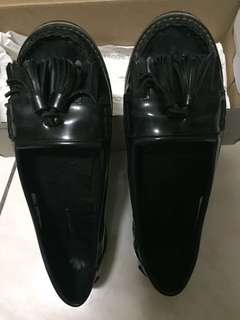 Authentic Black Shoes Lacoste (Pre-loved)