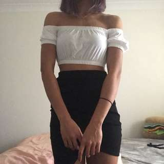 White Over-the-shoulder Crop
