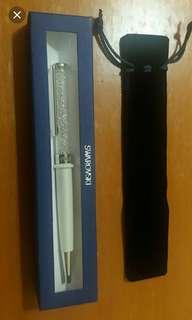 出售全新禮盒裝Swarovski水晶筆