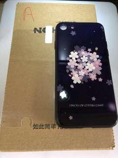iPhone 7/8 電話殼連玻璃貼 $30(包郵費)
