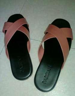 parisian slipper