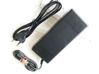 Original Speedway 4 charger. Suitable for all 52v volts escooters