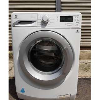 Electrolux 9kg Front Load Washing Machine Mesin Basuh Recond