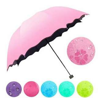 Magic umbrella water proof!