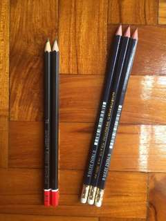 Pencils 2B/HB