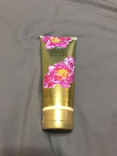 Secret Escape Victoria's Secret Ultra-Moisturizing Hand and Body Lotion