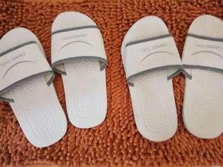 Sandal hotel (take all 2 pairs - 8.000)