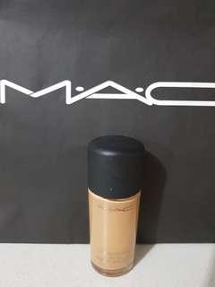 MAC Studio Fix  FOUNDATION NC40