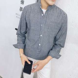 Men's shirt size S brand new!!!! Instock!