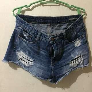 Zara frayed and tattered shorts