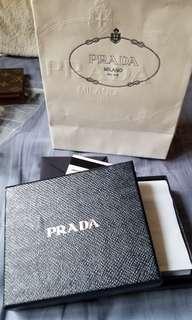 100%new and real Prada wallet