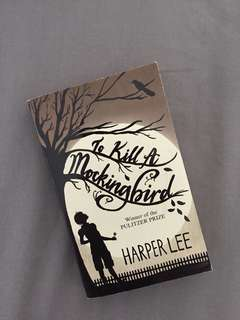 To kill a mocking bird by Harper Lee (ENGLISH)