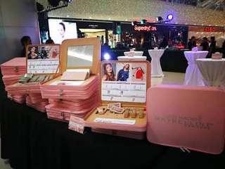 LIMITED EDITION Maybelline x Gigi Hadid Huge Makeup Kit