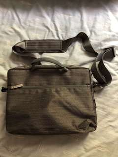 Capdase Gray Laptop Bag