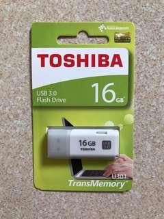 16GB Toshiba USB 3.0 Flash Drive Thumb Drive