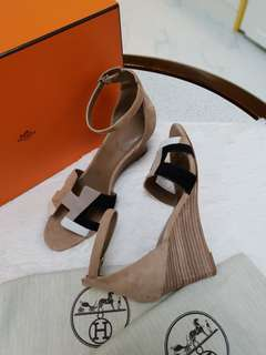 BRAND NEW HERMES LEGEND WEDGE SANDALS S36 1/2