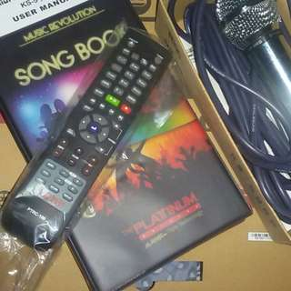 Platinum Karaoke/USB/DVD Player