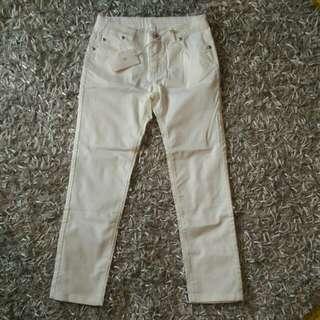🚚 Gucci 童褲