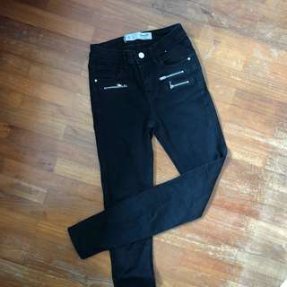zipper edgy black jeans