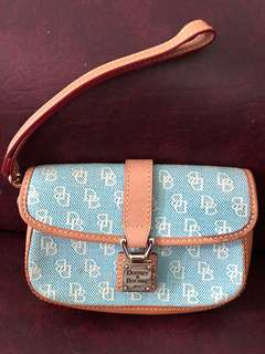 Dooney & Bourke Clutch bag