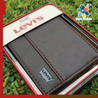 全新 Levi's Leather Mens' Wallet 真皮銀包, 啡色鐵牌