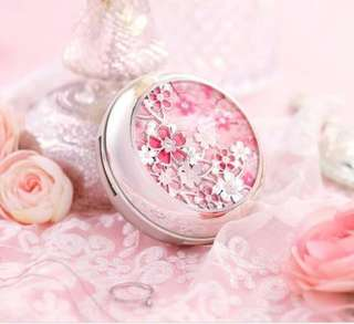 Cherry Blossom Limited Edition History of Whoo Cushion