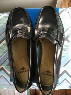 Dockers Leather Loafers / Leather Shoes