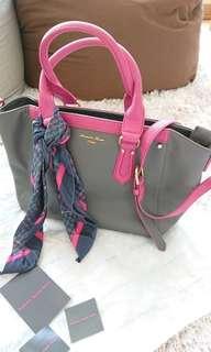Samantha Thavasa Deluxe handbag + scarf