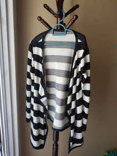 BW Irregular Stripes Cardigan